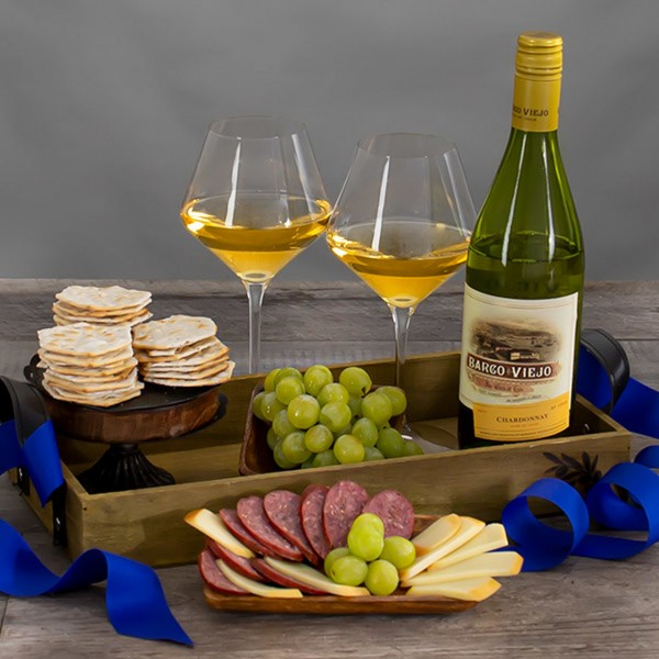 COUNTRYSIDE CHARDONNAY WHITE WINE GIFT BASKET