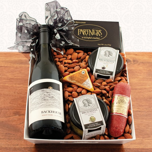 Wine & Hors D'Oeuvres Gift Tray