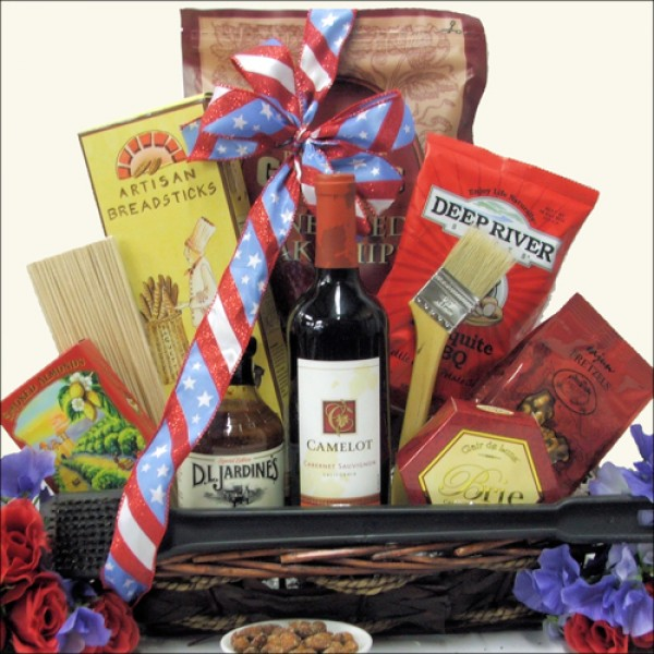 CELEBRATE AMERICA: PATRIOTIC BBQ THEMED WINE GIFT BASKET