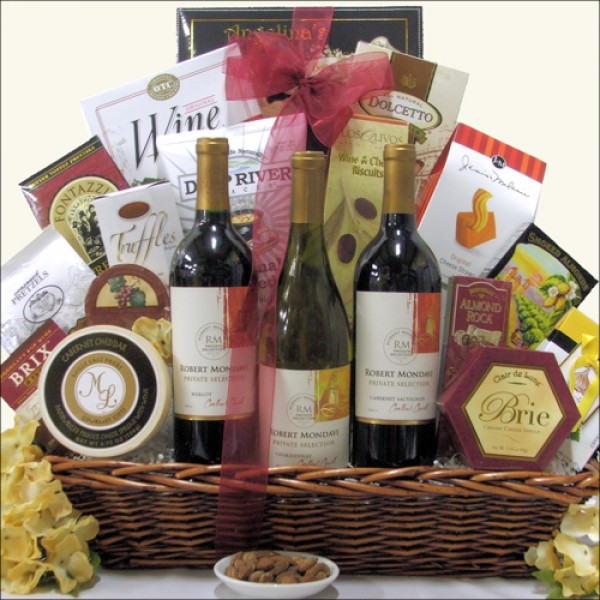 ROBERT MONDAVI PRIVATE SELECTION TRIO: WINE GIFT BASKET