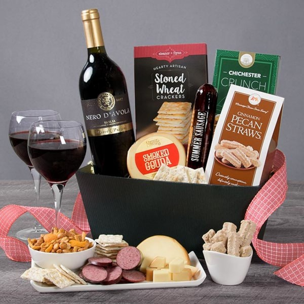 WINE CLASSIC GOURMET RED WINE GIFT BASKET